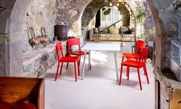 FLASH Tisch weiß mit LISBOA rot